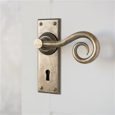 Curled Handle, Ripley Keyhole Plate, Antiqued Brass