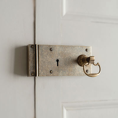 Brass Rim Lock (Left) with  Mews Handle