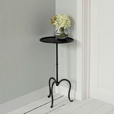 Hampton Table in Matt Black