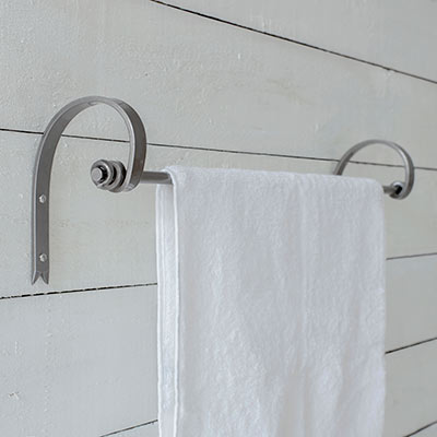 Hatton Towel Rail in Polished